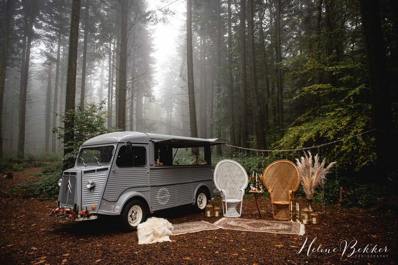 Woodland wedding mobile bar in Kent